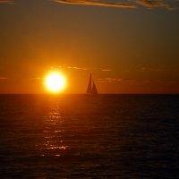 Закат на море :: Marina Pavlova