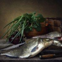 Натюрморт с рыбой :: Ирина Приходько