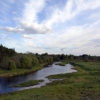 Течёт спокойная река... :: Александр Генрихович Завьялов