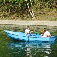 С вёслами зелёными в лодке голубой :: Дмитрий Никитин