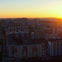 город на закате дня... :: Олег Петрушов