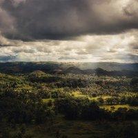 Погода так переменчива...Филиппины! :: Александр Вивчарик