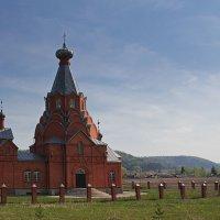 Храм. Валгуссы.  Ульяновская область :: MILAV V