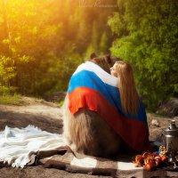 В обнимку с медведем :: Вилена Романова