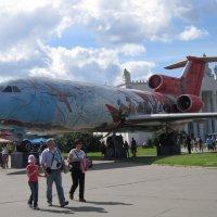 Самолёт Як-42 на ВДНХ :: Дмитрий Никитин