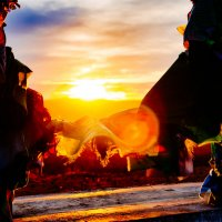 Яркое солнце на закате :: Сергей Алексеев