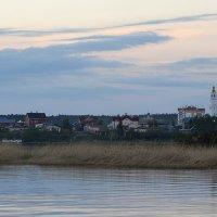 Церковь на берегу... :: Дмитрий Петренко