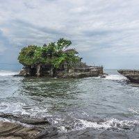 Храм Пура Танах Лот в Индонезии :: Марина Маркевич