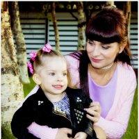 мама с дочей :: Наталья Мерзликина