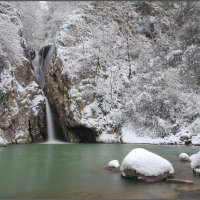 Зимний Агурский водопад. :: Андрей Янтарёв