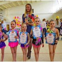 Юные гимнастки из Выборга :: Светлана Петошина