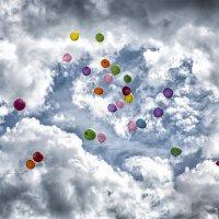 Воздушные шары -это мечта, которую выпускники посылают небесам. :: Лилия .