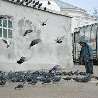 Как то на Соборной площади в Арзамасе... :: Андрей Головкин