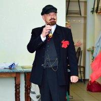 Ленин такой молодой!!!)) :: марина климeнoк