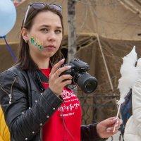 Фотограф на фестивале :: Дмитрий Сиялов