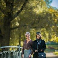 Мама с дочкой :: Николай Максимов