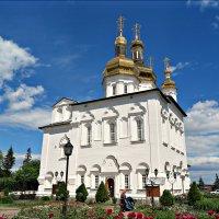 Троицкий собор в Тюмени :: Leonid Rutov