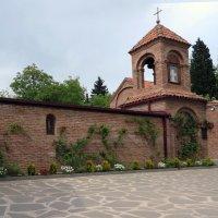В храме :: Наталья Джикидзе (Берёзина)