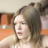 Девушка из Подмосковья :: Albertik Baxton