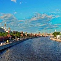 Весенние краски столицы. :: Лара ***