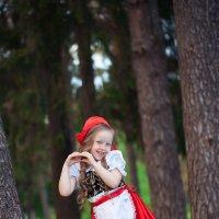 Красная шапочка :: Елена Семёнова