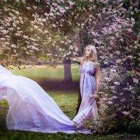 Сиреневое лето :: Roman Sergeev