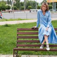 Девушка в голубом :: Julia C.