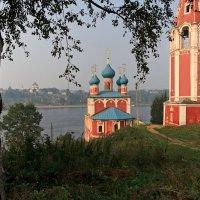 Храмы Тутаева.  Ярославская область :: MILAV V