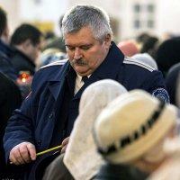 Какому же святому ставить... :: Сергей Ключарёв