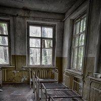 Детский сад в зоне отчуждения :: Татьяна Кретова