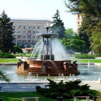 Утро у фонтана... :: Тамара (st.tamara)