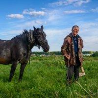 Встреча в поле... :: Влад Никишин