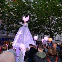 Белый парад (серия). Королевское приветствие :: Nina Yudicheva