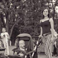 Молодая мамашка :: Андрей Майоров