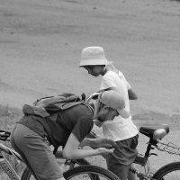 Вооот такенная дыра в колесе! :: A. SMIRNOV