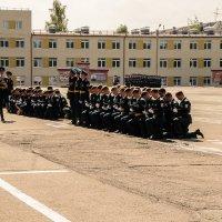 прощание со знаменем  института. :: petyxov петухов