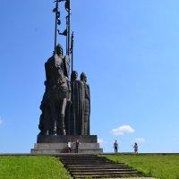 """Псков. Монумент """"Ледовое побоище"""" :: Igor Osh"""