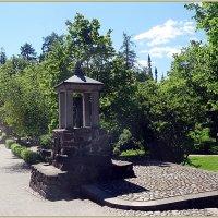 Памятник бревну :: Вера