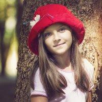 Красная шапка. :: Лилия .