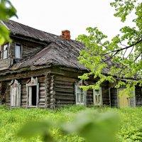 Здесь люди не живут.... :: Владимир