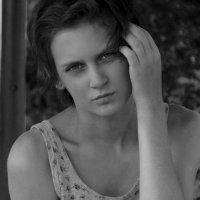 ... :: Valerie Fox