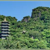 Пагода в Мраморных горах :: Евгений Печенин