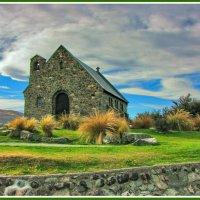 Церковь у озера :: Евгений Печенин