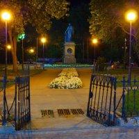 Карамзинский сквер в Ульяновске :: Владимир Новиков
