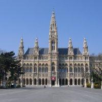 Вена, ратуша :: Alexander Zzz...