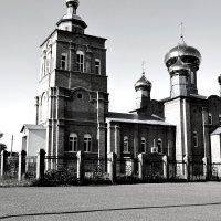 Свято-Тихоновская церковь (с. Ермолаево) :: Оля Артамкина
