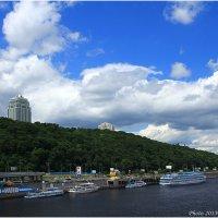 Днепровские склоны, Киев :: Виктор Марченко