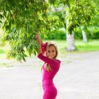 Девушка в розовом платье. :: Яна Принцева