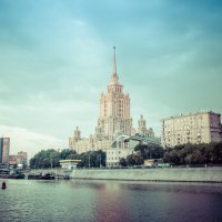 Москва с борта теплохода :: Светлана Сайко