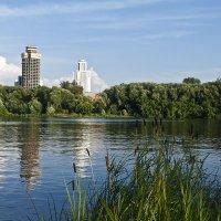Екатеринбург. Река Исеть. Вечер. :: Владимир Архипов